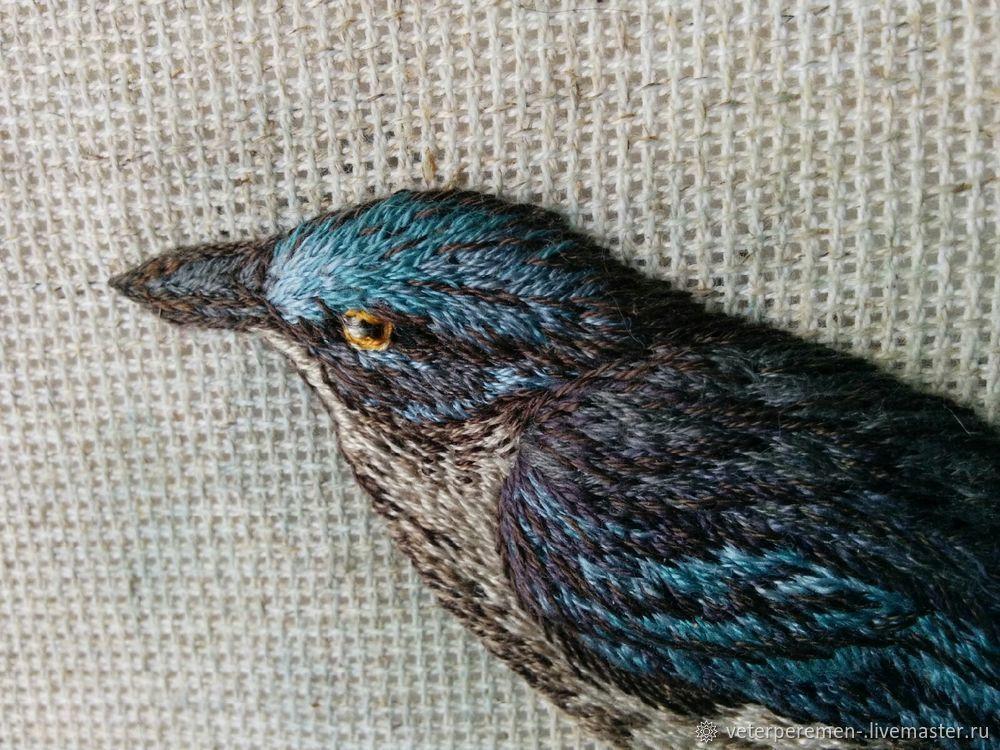 Авторская вышивка объемной птицы гладью  «Лесная красавица», фото № 6