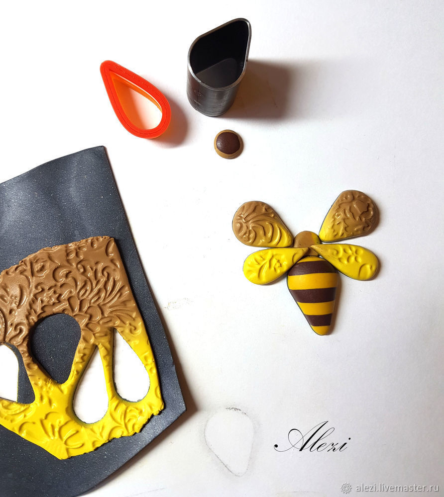 Creating Bee Brooch from Polymer Clay, фото № 7