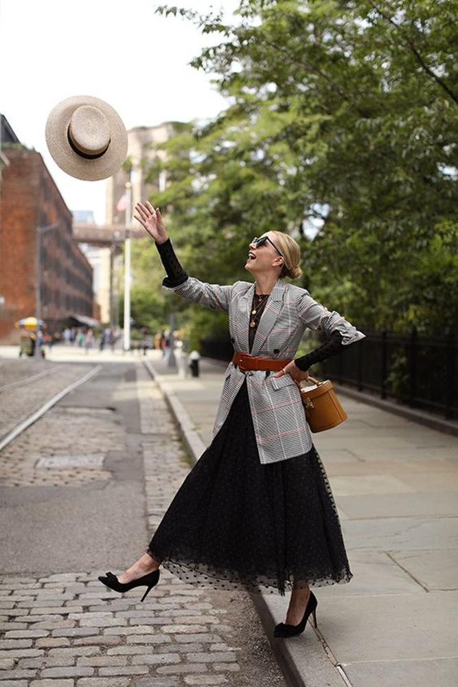 Утепляемся к осени: 35 образов с длинной юбкой или платьем, фото № 1