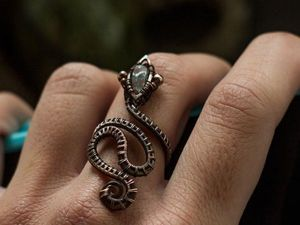 A Wire Wrap Technique DIY: Creating a Snake Ring. Livemaster - handmade