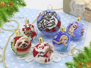 Километр бисера на новогодние шарики. Ярмарка Мастеров - ручная работа, handmade.