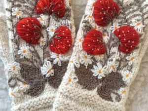 Decorating Mittens with 3D Embroidery. Livemaster - handmade