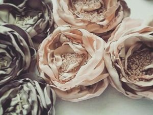 Beautiful Fabric Flowers for Clothing Decor. Livemaster - handmade
