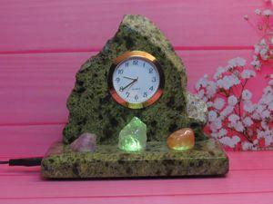 Часы из камней с подсветкой. Ярмарка Мастеров - ручная работа, handmade.