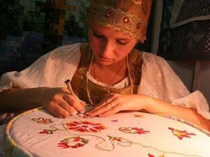 Why is it Important for Women to Do Crafts?. Livemaster - handmade