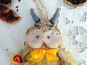 Агрипина (Груня). Елочная коровка. Ярмарка Мастеров - ручная работа, handmade.