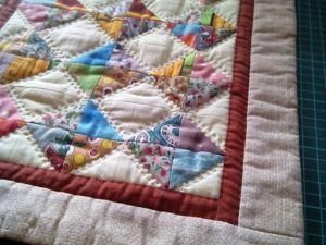 Лоскутное одеялко для куколки. Ярмарка Мастеров - ручная работа, handmade.