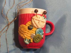 Подарок мамам и бабушкам на 8 Марта. Декор кружки полимерной глиной. Ярмарка Мастеров - ручная работа, handmade.