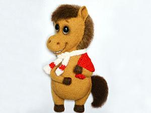 """Лошадка Маруся (""""Подарки заказывали?""""). Ярмарка Мастеров - ручная работа, handmade."""