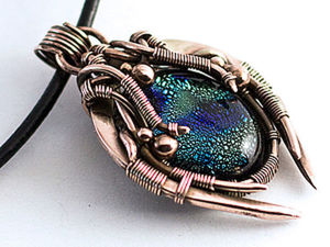 Making a Pendant Treasures of the Zerg in the Wire Wrap Technique. Livemaster - handmade