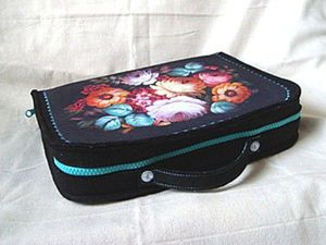 DIY Project on How to Sew a Needlewomen's Suitcase. Livemaster - handmade