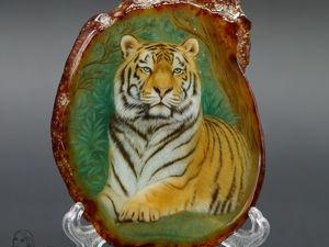 Картина на камне — панно  «Тигр хранитель леса»  тотем. Ярмарка Мастеров - ручная работа, handmade.