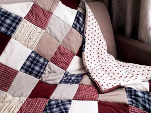 DIY Patchwork Blanket From Old Favorite Things. Livemaster - handmade