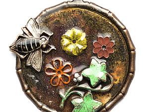 """Винтажный кулон """"Цветы и пчелы"""". Ярмарка Мастеров - ручная работа, handmade."""