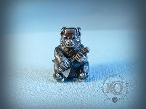 Шарм  «Медведь с балалайкой» . Ярмарка Мастеров - ручная работа, handmade.