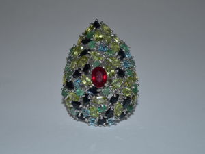 Дизайнерское кольцо — Сердце нимфы- рубин, изумруды, сапфиры, хризолиты. Ярмарка Мастеров - ручная работа, handmade.