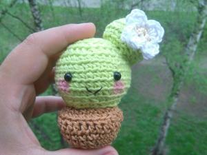 Вяжем крючком милый кактус. Ярмарка Мастеров - ручная работа, handmade.