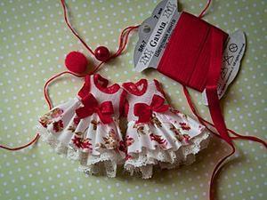 Шьем платье на маленькую куклу. Ярмарка Мастеров - ручная работа, handmade.