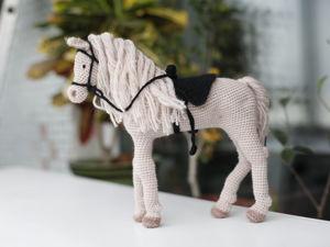 Вяжем лошадку крючком. Ярмарка Мастеров - ручная работа, handmade.