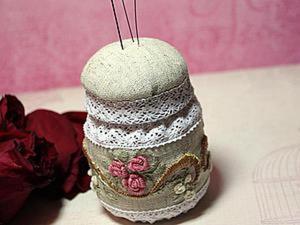 Как сделать милую игольницу-баночку с вышивкой. Ярмарка Мастеров - ручная работа, handmade.