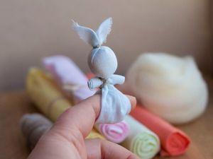 Делаем детскую народную игрушку «Зайчик на пальчик». Ярмарка Мастеров - ручная работа, handmade.