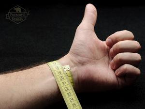 Как правильно замерить запястье для заказа браслета из паракорда. Ярмарка Мастеров - ручная работа, handmade.