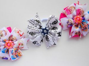 Мастерим детские бантики из лент в стиле Канзаши. Ярмарка Мастеров - ручная работа, handmade.