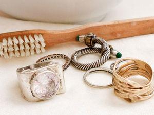Как и чем можно почистить и осветлить в домашних условиях серебряную цепочку и крестик, если они потемнели: чистка серебра и цепей от черноты