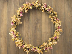 Making Wreath from Branches and Dried Flowers. Livemaster - handmade