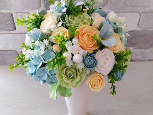 Букет с нежными розами айвори и голубой гортензией. Ярмарка Мастеров - ручная работа, handmade.