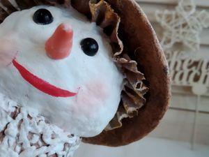 Снеговик в ретро стиле с куклой в коробке. Ярмарка Мастеров - ручная работа, handmade.