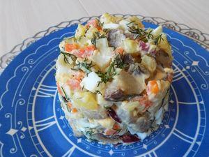 Салат из селедки с картофелем и яйцами. Ярмарка Мастеров - ручная работа, handmade.