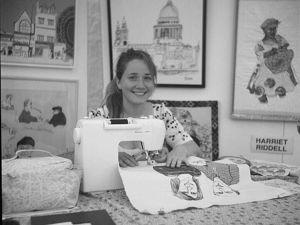 Художница Harriet Riddell и ее скетчинг на швейной машинке. Ярмарка Мастеров - ручная работа, handmade.