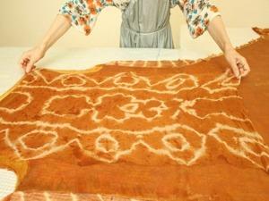 Луковая история: крашение шелка и валяние сарафана. Ярмарка Мастеров - ручная работа, handmade.