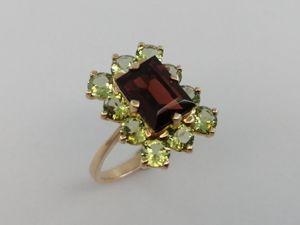 Видео: Кольцо «Багет гранат и хризолиты» .золото.Натуральные камни. Ярмарка Мастеров - ручная работа, handmade.