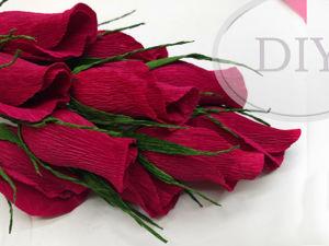 Как сделать розы из гофрированной бумаги с конфетами внутри. Ярмарка Мастеров - ручная работа, handmade.