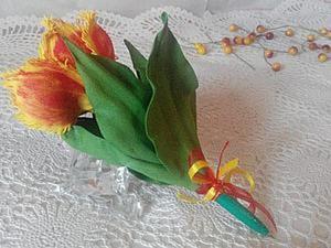 """Создаем оригинальный сувенир: """"ручка-тюльпан"""" из фоамирана. Ярмарка Мастеров - ручная работа, handmade."""