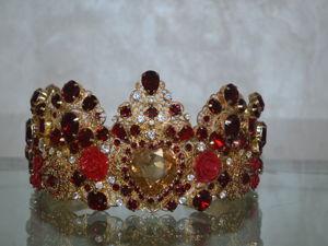 Корона  « Рубиновые розы». Ярмарка Мастеров - ручная работа, handmade.