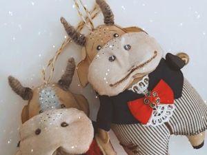 Капа и Гриша. Елочные игрушки. Символ года. Ярмарка Мастеров - ручная работа, handmade.