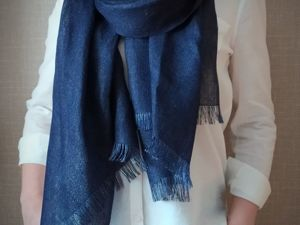 Палантин  темно-синего льна. Ярмарка Мастеров - ручная работа, handmade.