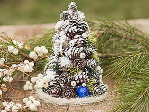 Делаем новогоднюю елочку из шишек. Ярмарка Мастеров - ручная работа, handmade.
