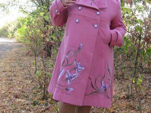 Новая работа пальто  «нЕжные Ирисы». Ярмарка Мастеров - ручная работа, handmade.