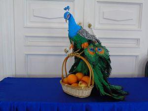 Шикарный подарок Корзина под фрукты и конфеты  «Павлин». Ярмарка Мастеров - ручная работа, handmade.