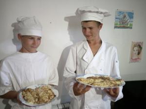 Паша и Петя приготовили блины из кабачков с творожной начинкой. Ярмарка Мастеров - ручная работа, handmade.