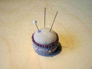 Мастерим булавочницу из пластиковой крышечки. Ярмарка Мастеров - ручная работа, handmade.