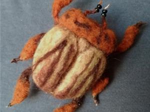 Творим войлочную брошь в виде жука. Ярмарка Мастеров - ручная работа, handmade.