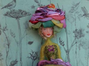 Авторская кукла-цветок в яблочно-зеленом цвете с фиолетовым цветком. Ярмарка Мастеров - ручная работа, handmade.