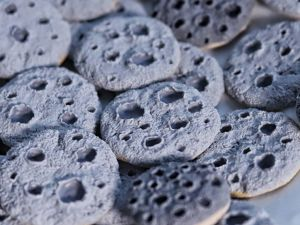 Лепим миниатюрное печенье в виде Луны. Ярмарка Мастеров - ручная работа, handmade.