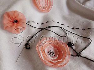 Декорирование джемпера цветами и лентами. Ярмарка Мастеров - ручная работа, handmade.