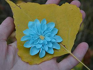 """Создаем осеннее украшение: брошь """"Хризантема"""" из фоамирана. Ярмарка Мастеров - ручная работа, handmade."""